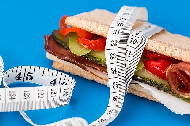 jak obliczyć wagę idealną